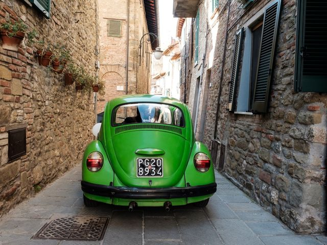 Il matrimonio di Nicolò e Cristina a Passignano sul Trasimeno, Perugia 39