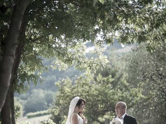 Il matrimonio di Michele e Anduela a Fermo, Fermo 32