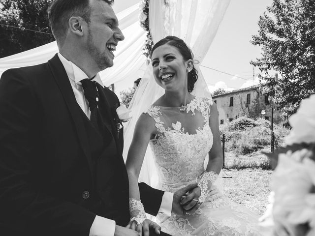 Il matrimonio di Giacomo e Elisa a Serra de' Conti, Ancona 44