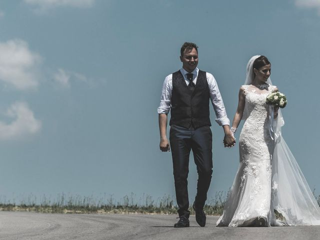 Il matrimonio di Giacomo e Elisa a Serra de' Conti, Ancona 52