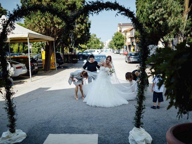 Il matrimonio di Federico e Valentina a Tortoreto, Teramo 20