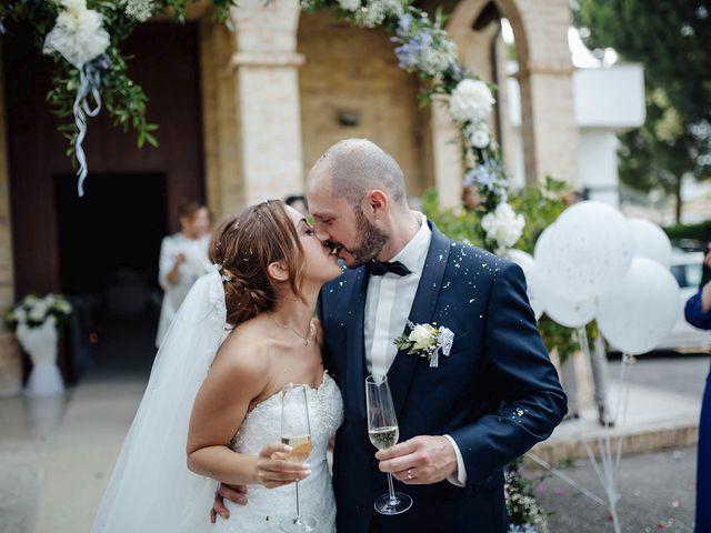 Il matrimonio di Federico e Valentina a Tortoreto, Teramo 30
