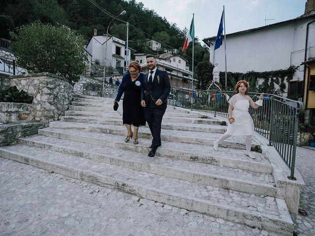 Il matrimonio di Massimiliano  e Ilenia  a L'Aquila, L'Aquila 15