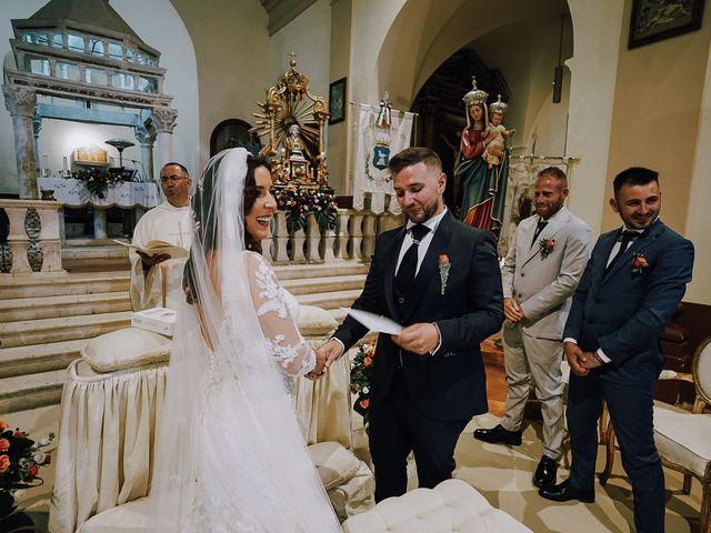 Il matrimonio di Massimiliano  e Ilenia  a L'Aquila, L'Aquila 20