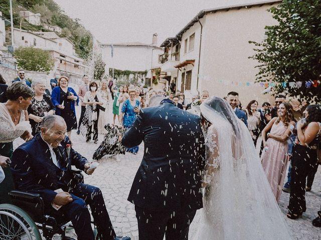 Il matrimonio di Massimiliano  e Ilenia  a L'Aquila, L'Aquila 25