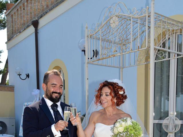 Il matrimonio di Emanuela e Antonio a Pescara, Pescara 16
