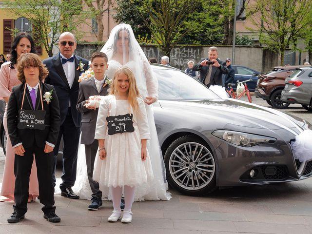 Il matrimonio di Pasku e Anna a Lesmo, Monza e Brianza 11