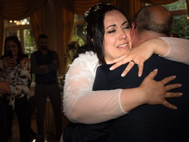 Il matrimonio di Pasku e Anna a Lesmo, Monza e Brianza 29