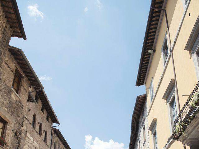 Il matrimonio di Angelo e Mariella a Gubbio, Perugia 22