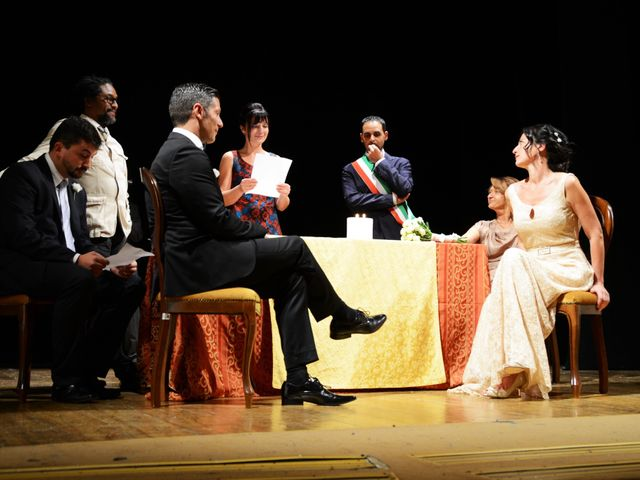 Il matrimonio di Juan e Cinzia a Sarteano, Siena 9