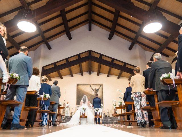 Il matrimonio di Omar e Marica a Endine Gaiano, Bergamo 30