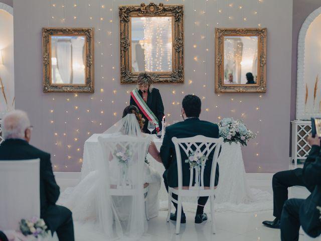 Il matrimonio di Raffaele e Alessandra a Pisticci, Matera 21