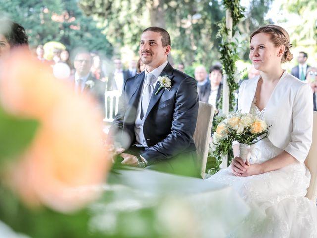 Il matrimonio di Roberto e Stefania a Monza, Monza e Brianza 24