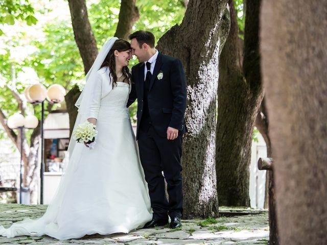 Il matrimonio di Antonio e Serena a Bovino, Foggia 23
