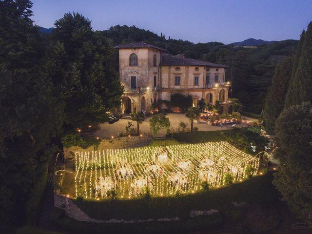 Il matrimonio di Lorenzo e Veronica a Borgo San Lorenzo, Firenze 40