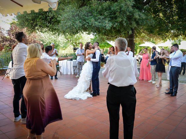 Il matrimonio di Lucia e Stefano a Mosciano Sant'Angelo, Teramo 9