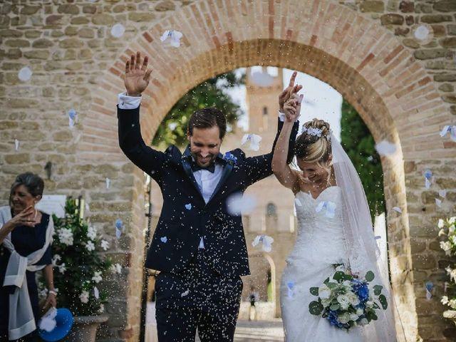 Il matrimonio di Elia e Senia a Tavoleto, Pesaro - Urbino 1
