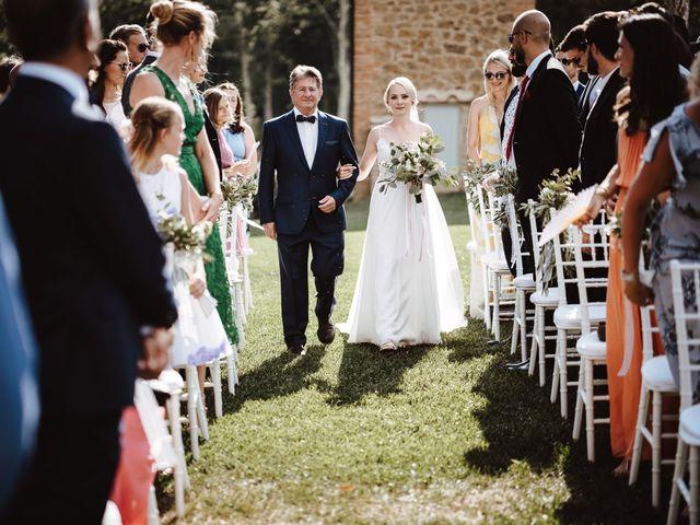 Il matrimonio di Damun e Carmen a Chiusdino, Siena 7