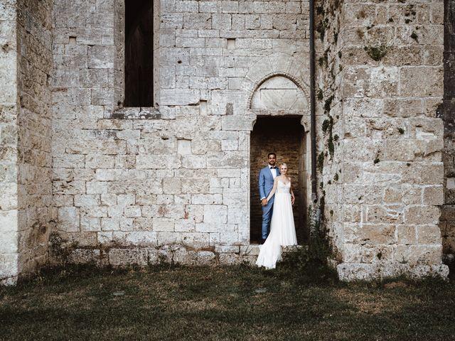 Il matrimonio di Damun e Carmen a Chiusdino, Siena 17