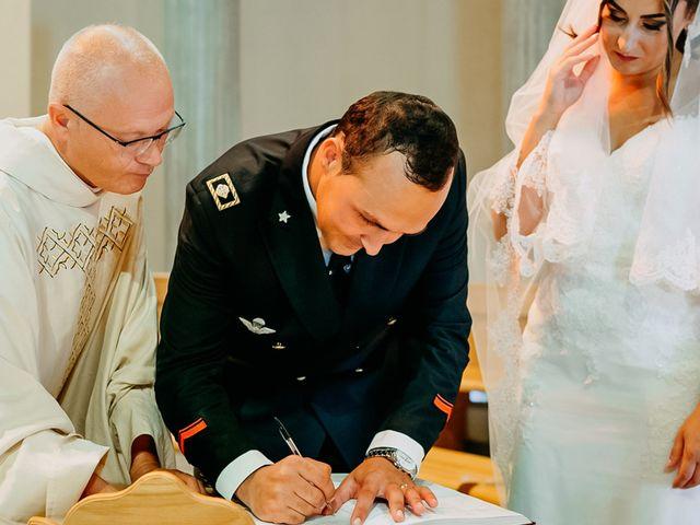 Il matrimonio di Vincenzo e Claudia a Campomarino, Campobasso 20