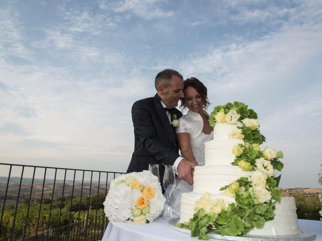 Il matrimonio di Moreno e Letizia a Monsano, Ancona 97