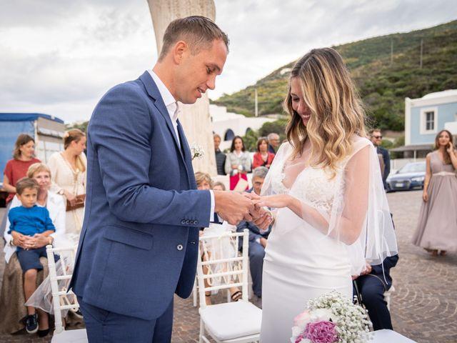 Il matrimonio di Nicolò e Martina a Ponza, Latina 14