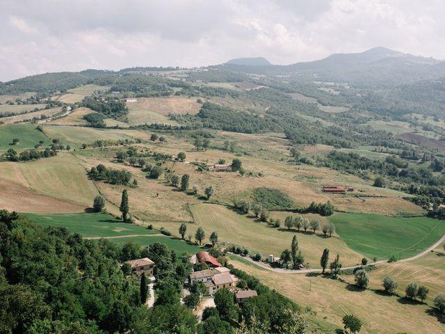 Il matrimonio di Marco e Maria a San Leo, Pesaro - Urbino 7