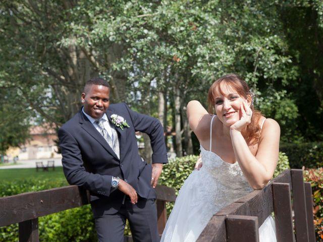 Il matrimonio di Giovanni e Floriana a Concorezzo, Monza e Brianza 27
