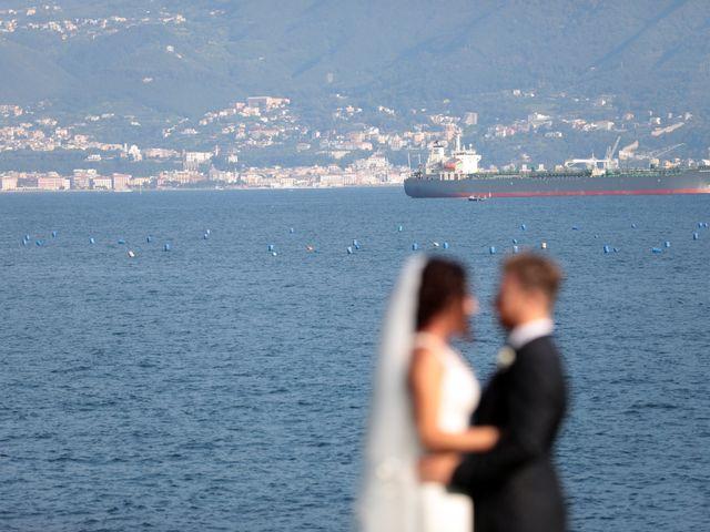 Il matrimonio di Laura e Michele a Torre del Greco, Napoli 5