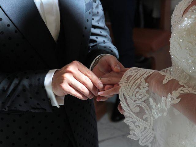 Il matrimonio di Laura e Michele a Torre del Greco, Napoli 21