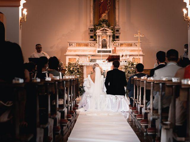 Il matrimonio di Maurizio e Donatella a Tortoreto, Teramo 17