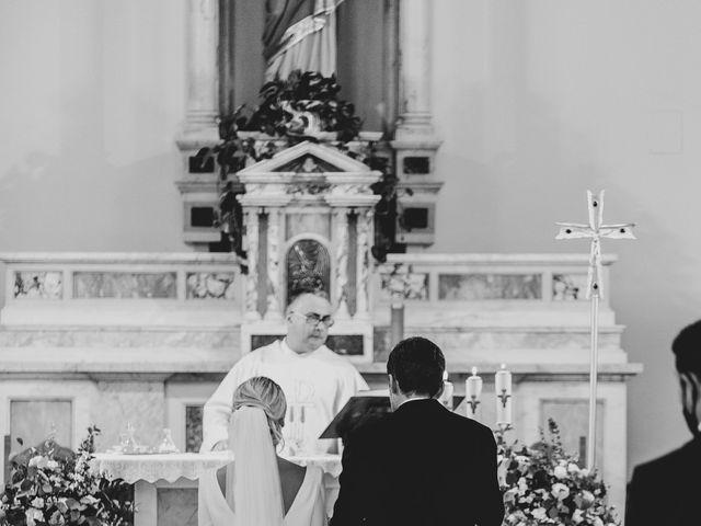 Il matrimonio di Maurizio e Donatella a Tortoreto, Teramo 19