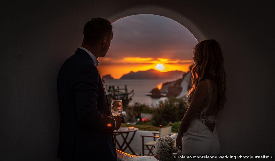 Il matrimonio di Nicolò e Martina a Ponza, Latina