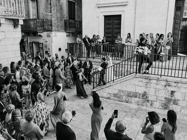 Il matrimonio di Stefano e Laura a Fasano, Brindisi 76