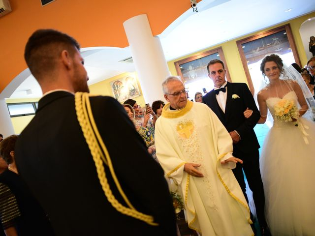 Il matrimonio di Davide e Deborah a Latiano, Brindisi 12