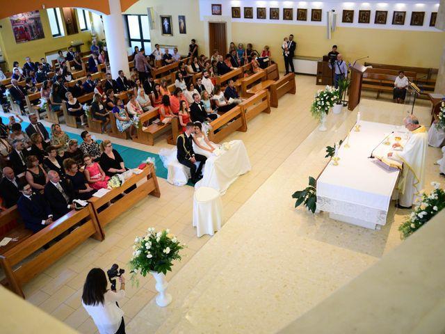 Il matrimonio di Davide e Deborah a Latiano, Brindisi 14