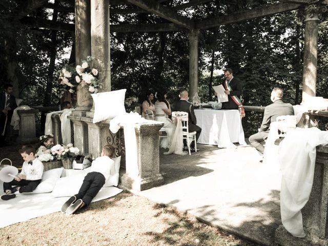 Il matrimonio di Andrea e Gessica a Besana in Brianza, Monza e Brianza 19