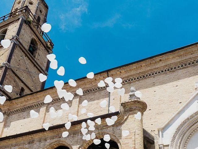 Il matrimonio di Simone e Simona a Tocco da Casauria, Pescara 27