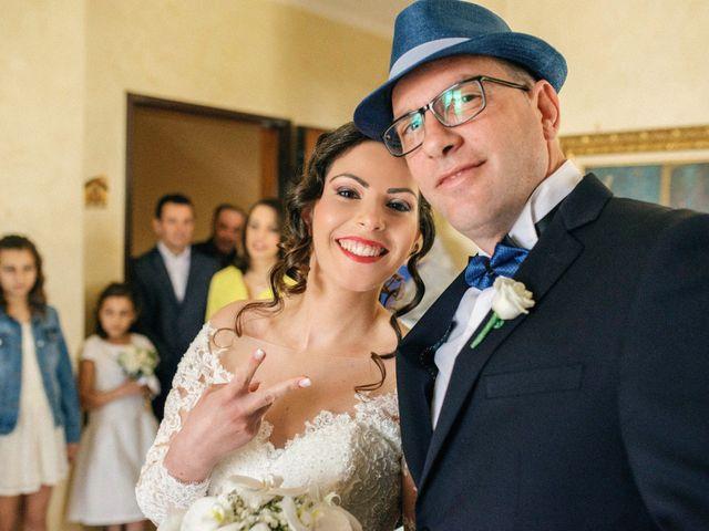 Il matrimonio di Luca e Rosaria a Trinitapoli, Foggia 52