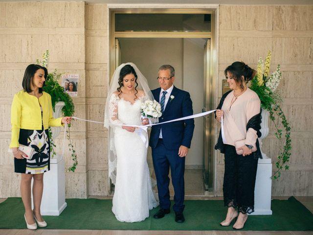 Il matrimonio di Luca e Rosaria a Trinitapoli, Foggia 63