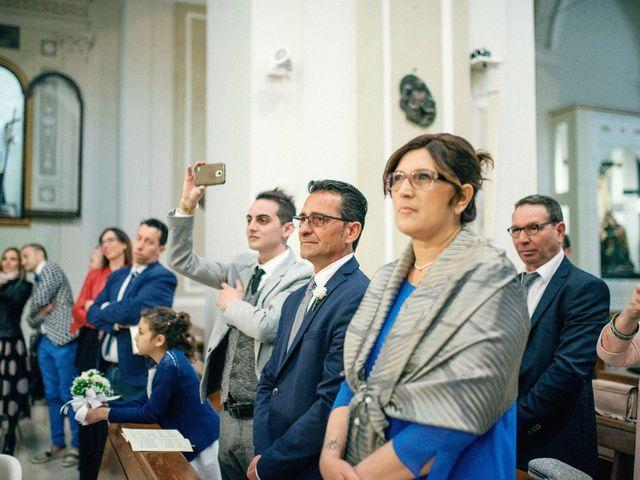 Il matrimonio di Luca e Rosaria a Trinitapoli, Foggia 72