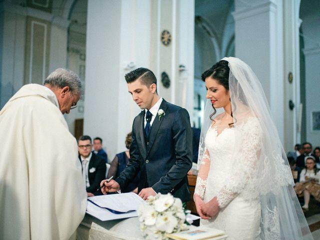 Il matrimonio di Luca e Rosaria a Trinitapoli, Foggia 78
