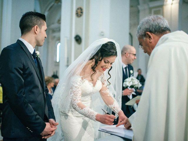 Il matrimonio di Luca e Rosaria a Trinitapoli, Foggia 79