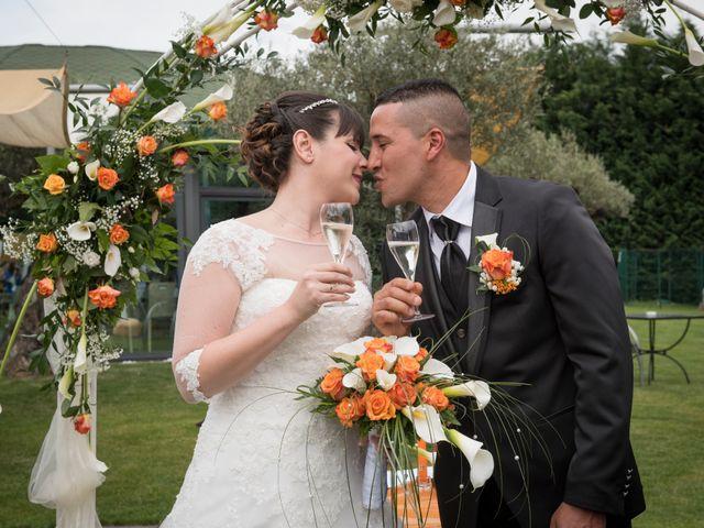 Il matrimonio di El Mahi Chakib e Cinzia a Cherasco, Cuneo 16