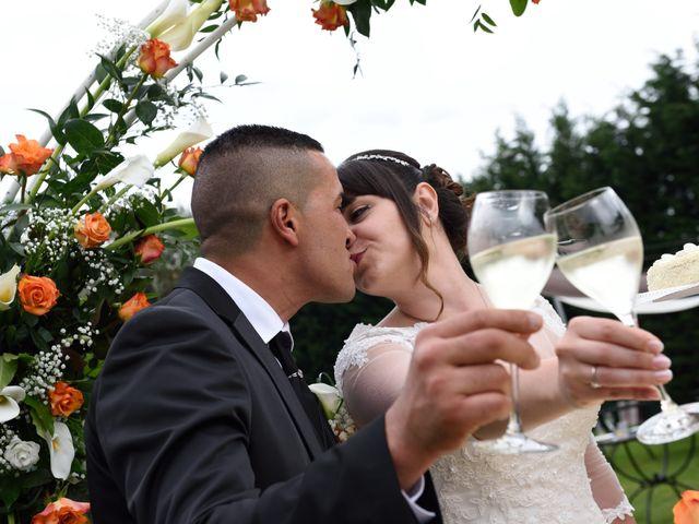 Il matrimonio di El Mahi Chakib e Cinzia a Cherasco, Cuneo 22