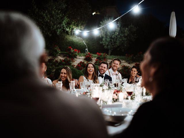 Il matrimonio di Matt e Aisha a Sinalunga, Siena 28