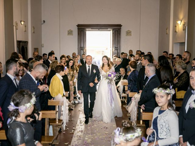 Il matrimonio di Francesco e Lucia a Montespertoli, Firenze 24