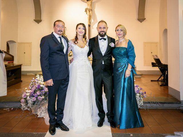 Il matrimonio di Francesco e Lucia a Montespertoli, Firenze 33