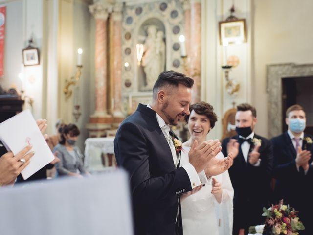Il matrimonio di Alessandro e Ilaria a Brentino Belluno, Verona 14