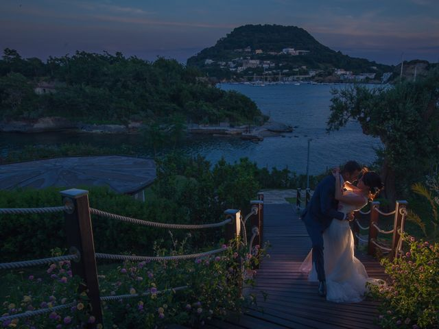 Il matrimonio di Antonio e Ida a Bacoli, Napoli 18